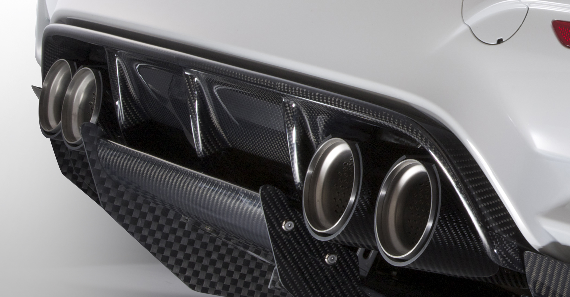 Vrs Bmw F82 M4 Rear Diffuser Skirt